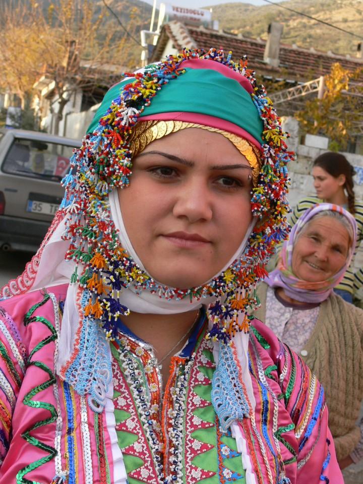 Devrimci Aleviler Birliği DAB Alevi Kızılbaş Bektaşi pir sultan cem hz Ali 12 imam semah Feramuz Şah Acar tahtaci kadin